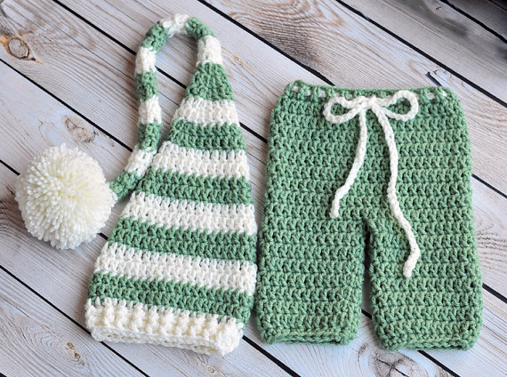 Free Shipping Christmas Crochet Elf Hat And Baby Britches Set In Mid