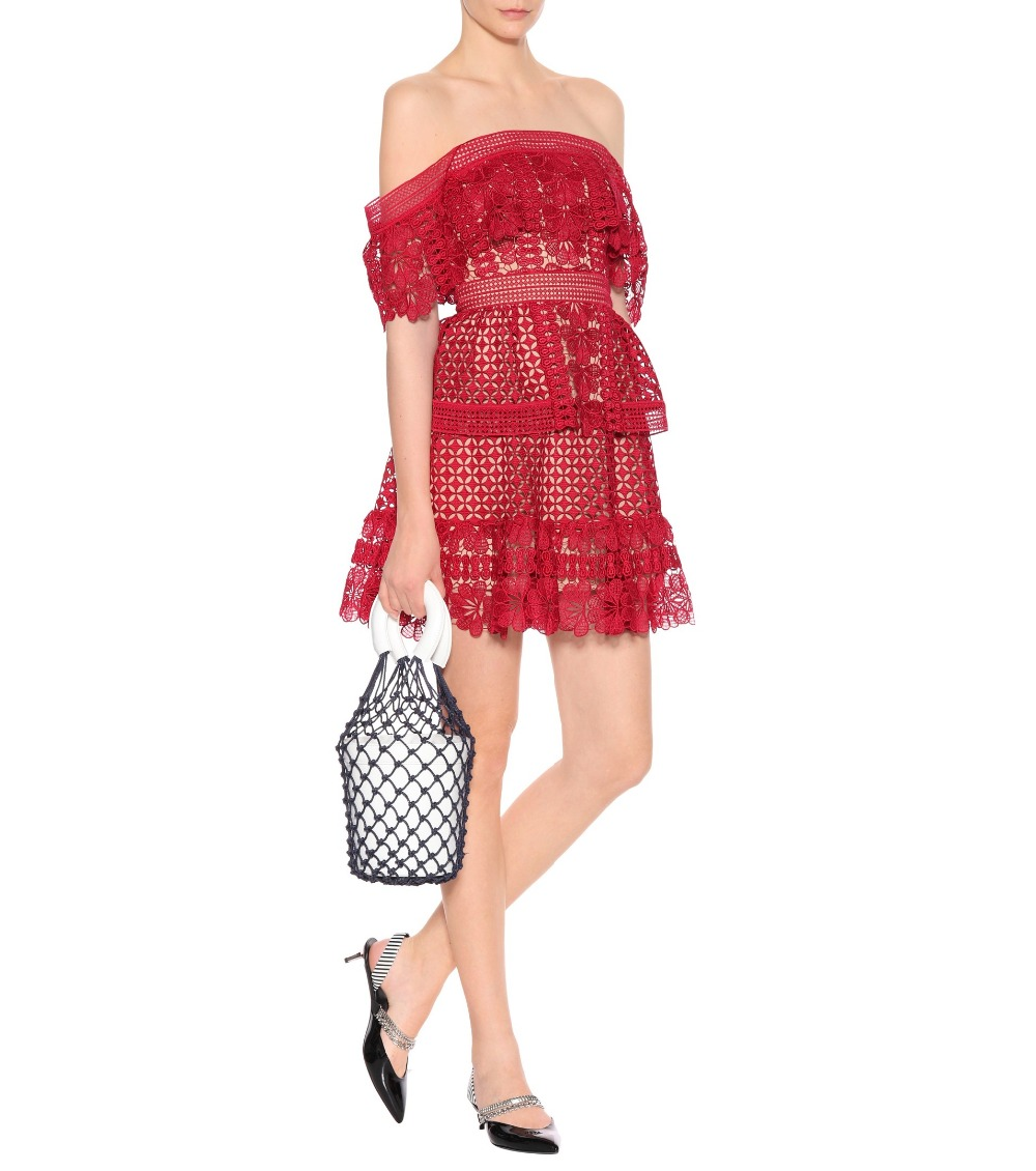2019 nouvelle arrivée hors de l'épaule robe en dentelle-in Robes from Mode Femme et Accessoires    1