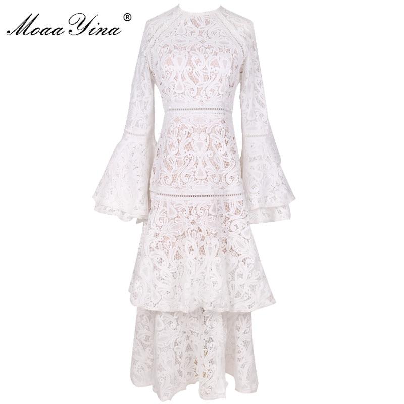 Moaayina 패션 디자이너 런웨이 드레스 가을 겨울 여성 플레어 슬리브 화이트 레이스 캐스 케이 딩 프릴 드레스 고품질-에서드레스부터 여성 의류 의  그룹 1