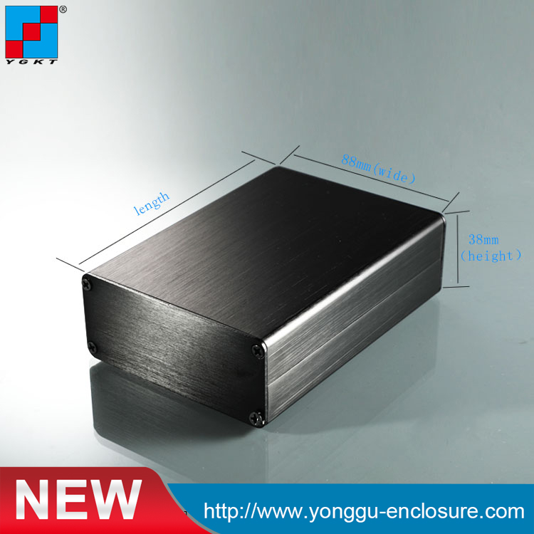 88*38-120mm(width X High X Length) Guangzhou High Standard Extruded Anodized Aluminum Split Enclosure Brush Black