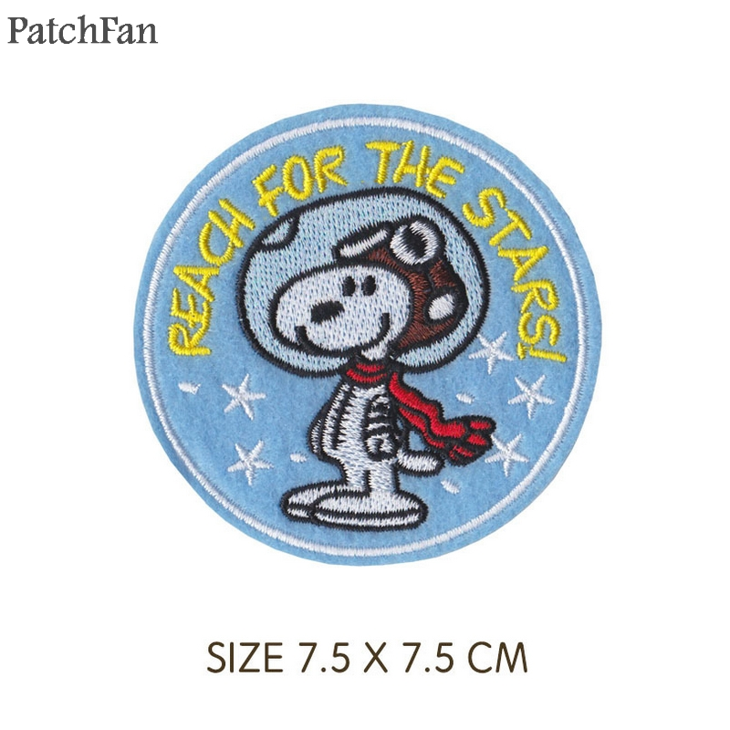 Patchfan dog Embroidered Iron On Patches Badges Sewing Applique pour Jacket Jeans Shoes Backpack Badges stickers A1733 in Patches from Home Garden