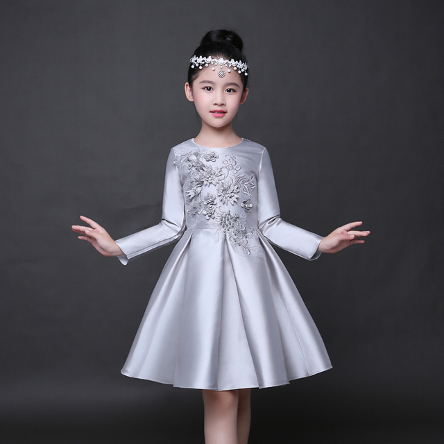 15 Floral Embroidered Bridal Dresses For A Summer Wedding: Trendy Long Sleeves Flower Girl Dress Children Silver