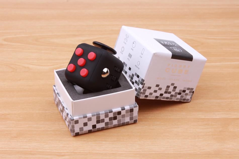 fidget cube (3)