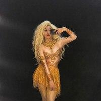 Блестящие Кристаллы золотой кисточкой платье певица шоу наряд Женские День рождения праздничная одежда для ночного клуба пикантные платья
