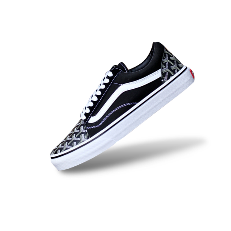 98919bb0389 Original New Arrival Vans Women s Classic Vans FOG Old Skool Low top  Skateboarding Shoes Outdoor Sneakers Canvas VNOB65G1R1B-in Skateboarding  from Sports ...