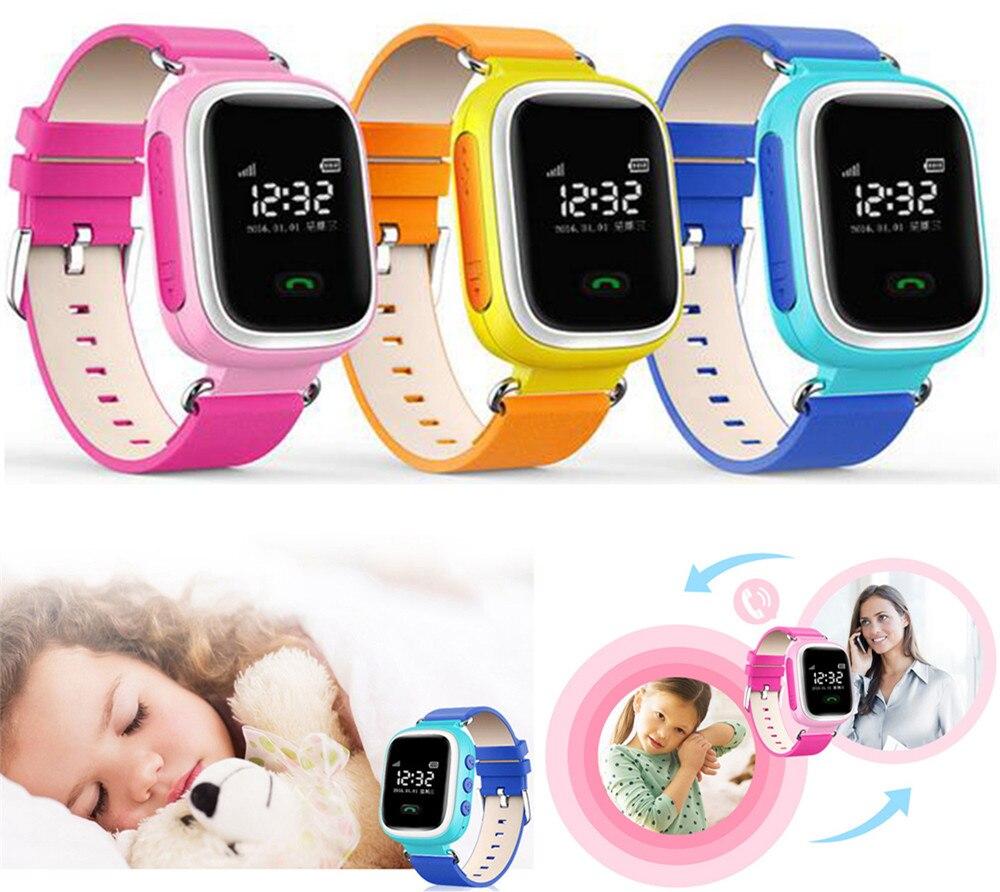 Как правило, время на устройстве выставляется автоматически через интернет, как только q60 подключатся к телефону.