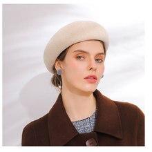 6fb5a9abbb10a Las mujeres sombrero boina de lana gorra de algodón Otoño Invierno Color  sólido nueva mujer sombreros gorras negro blanco gris