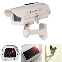 Free Shipping Solar Emulation Monitor Fake Camera Solar+5AA Batteries Powered Indoor Outdoor Dummy Security Cameras