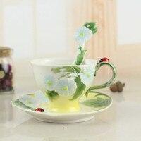 3D Colorato Smalto Tazza di Caffè Set di Ibisco Ceramica Tè Al Latte Drinkware Con Un Cucchiaio di Porcellana Creativo Copa Amico Regalo