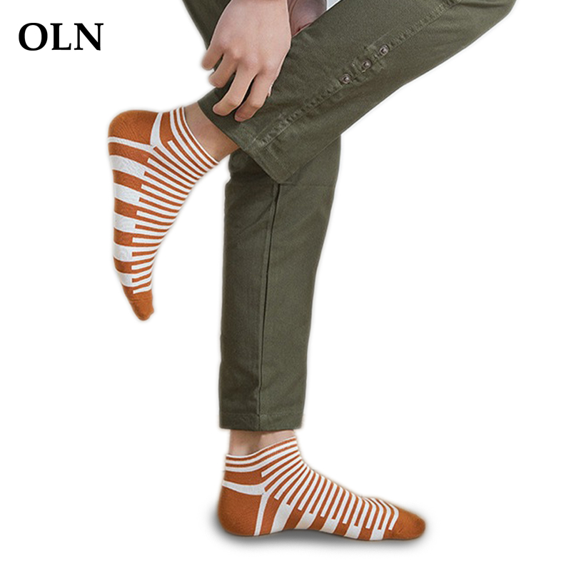 OLN 5 Pairs/ lot High Quality Mens Funny Socks Cotton Stripe Sporting Low Ankle Socks Male Breathable Coolmax Short Socks Gift