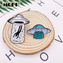 Cartoon Creative Alien UFO Spaceship Enamel Brooch Alloy Badge Blouse Denim Bag Pin Accessories Woman Jewelry Gift For Friends creative personality gestures alloy brooch enamel pin mini badge bag clothes jewelry gifts to friends fxm