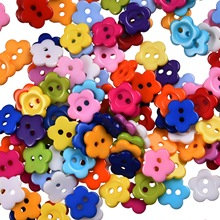 2015 Fashion Buttons 300Pcs Mixed 2 Holes Resin Flower Sewing Buttons Scrapbooking 11x11mm Knopf