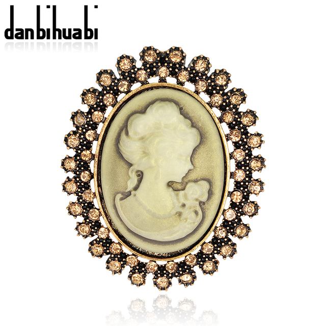 Fashion Antique Gold color Vintage Brooch Pins Female Jewelry Queen Cameo  Brooches Rhinestone For Women Christmas a111f7c216ca