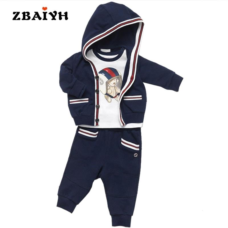 Комплект одежды для маленьких мальчиков 2017 Демисезонный малышей повседневная детская одежда пальто с капюшоном + футболка + Брюки для девочек спортивный костюм для мальчика костюм 3 шт.