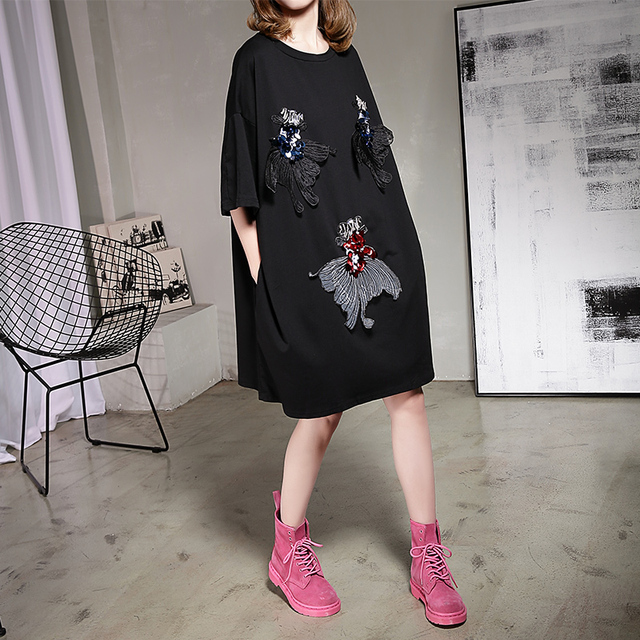 [soonyour] 2017 Spring New Product Long O-neck Solid color Woman Embroidery Sequins Goldfish large size women shirt  B05201