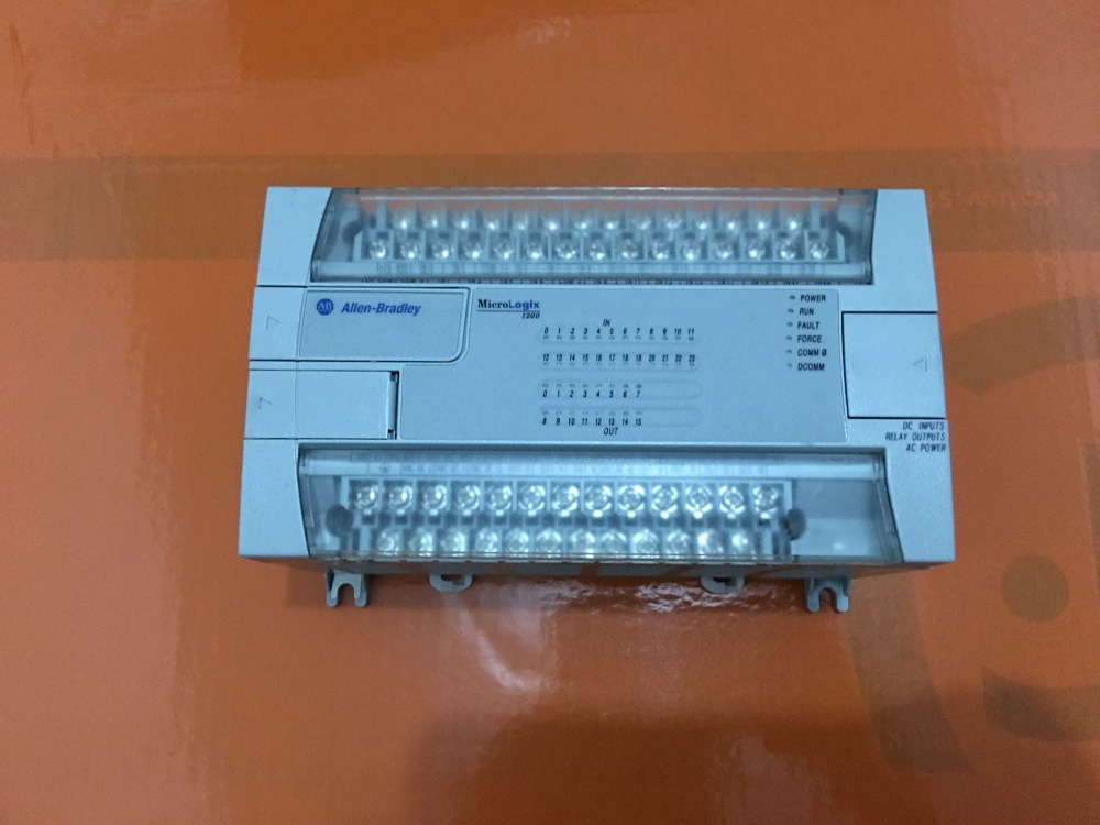 1762-L40BWA  AB-PLC used in good condition 1762 if20f2