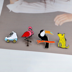 Black spot dog Toucan Flamingo Roller skates Lapel Enamel Button pins denim badges brooches jewelry festival Gifts wholesale