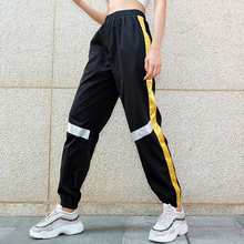 Sweetown talla grande Pantalon mujer grande negro calle estilo Harajuku  lápiz pantalones Streetwear cintura alta Joggers 56748147fd8e