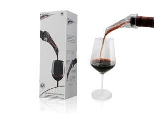 Free Shipping Wine Decanter New Aerating Pourer Hawk Wine