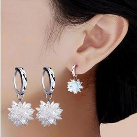 2017 New arrival hot sell ice snow flower design 925 sterling silver ladies stud earrings jewelry birthday gift wholesale women