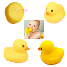 Baby Rubber Race Fun Educational Musical for Children Squeaky Duck Bath Toys Big Yellow Duck Bathroom Water Bathing Toys