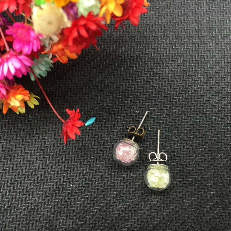 1Pair Luminous Sand Glow In The Dark 8mm glass ball Silver plated Stud Earrings For Women Fashion Jewelry Bohemian Vintage Cute