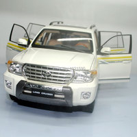Brand New 1 18 Scale Japan TOYOTA LAND CRUISER 200 Diecast Metal Car Model Toy For