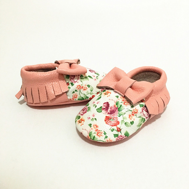 New First Walkers Genuine Leather Bow Print Flowers Baby shoes Mixed Colors Toddler fringe Baby moccasins Girls shoes