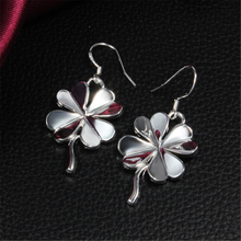 Hot sale High Quality 925 Pure Silver Ear Four Leaf Clover Earrings Fashion Earring Anti-Allergic Free Shipping 2016