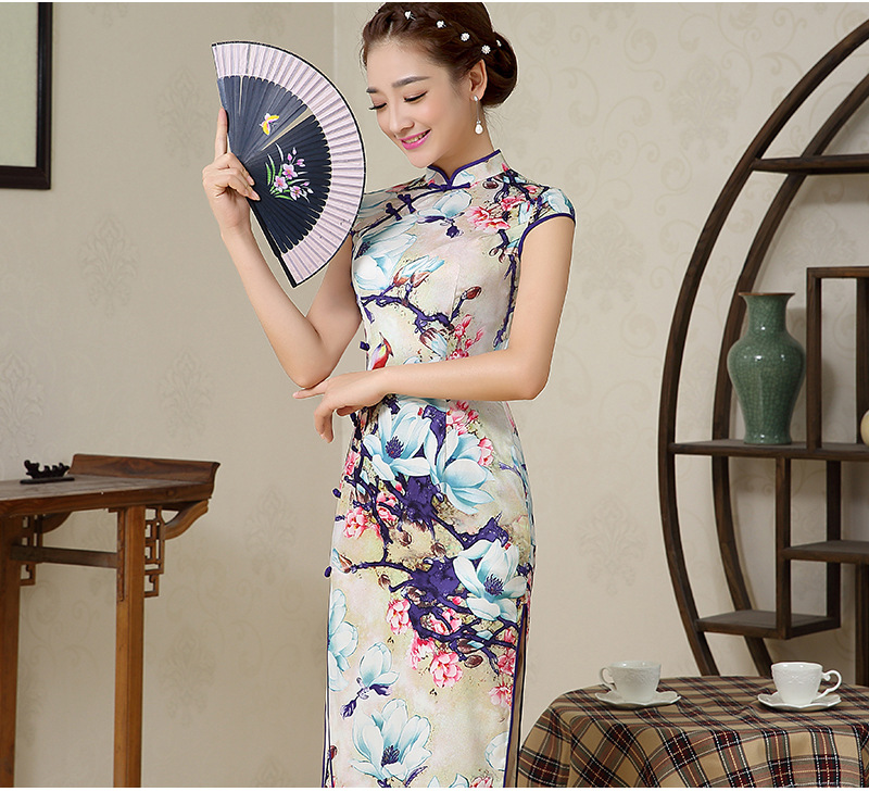 Naisten hihaton Cheongsam pitkähihaiset mekot Kiinalainen perinteinen mekko Naisten kiinalainen Qipao-mekko iltapukuille 18