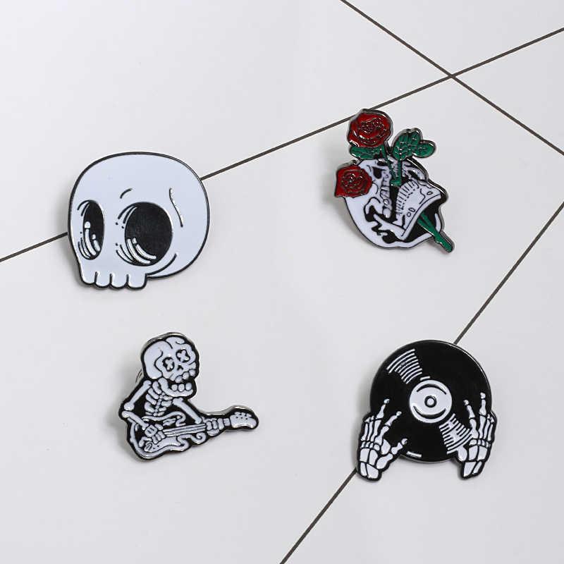 Stile Punk spilla magia guidata cranio vampire rose button pin giacche di jeans spille badge regali gotico dei monili dropshipping