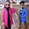 90% de pato para baixo meninas longa jaqueta 2016 crianças de moda ultra light para baixo crianças casaco de down & parkas doce cor jaqueta de pato para baixo