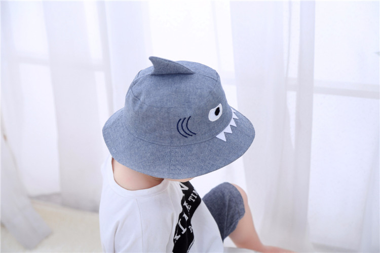 e4c12186590 2019 3D Shark Design Baby Sun Hat Infant Boys Girls Beach Hat Cotton ...