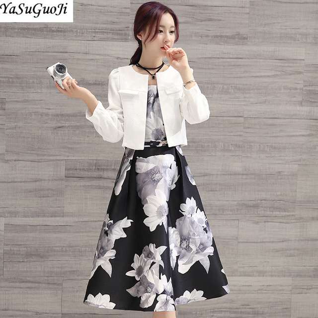Nuevo 2018 de moda de Primavera de estampado floral sin mangas o cuello  Vestido corto slim 2daeaeef6d95