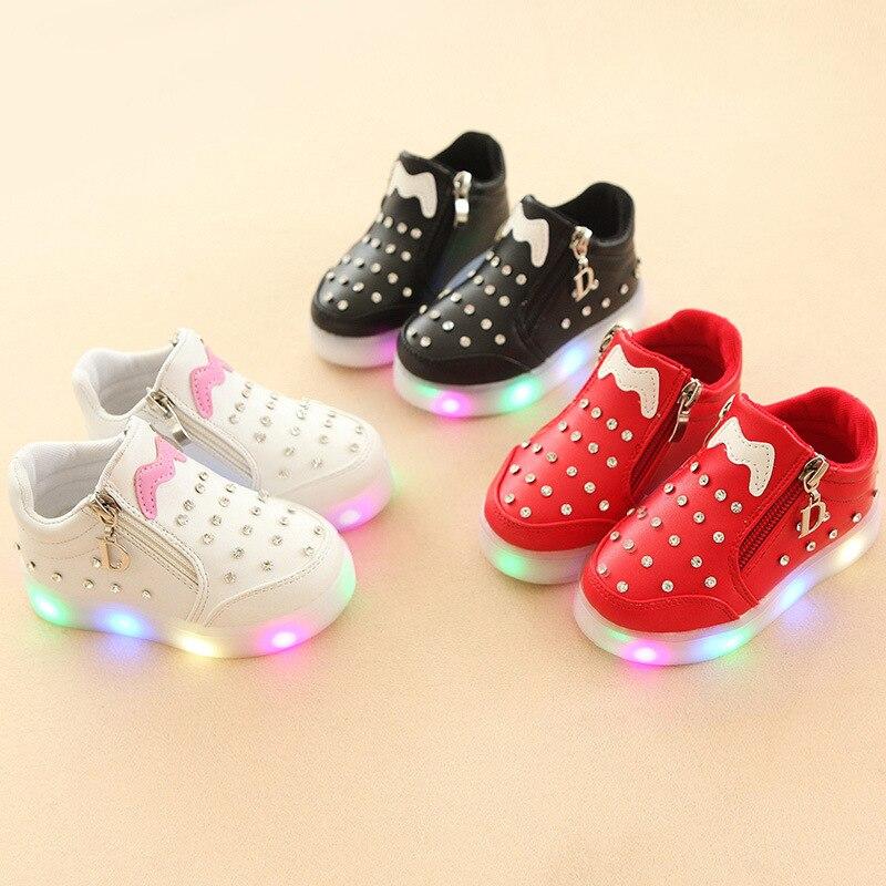 2017 Einfarbig Mode Baby Casual Kinder Schuhe Hohe Qualität Patch Led Schuhe Für Jungen Mädchen Zip Stiefeletten Nette Baby Turnschuhe