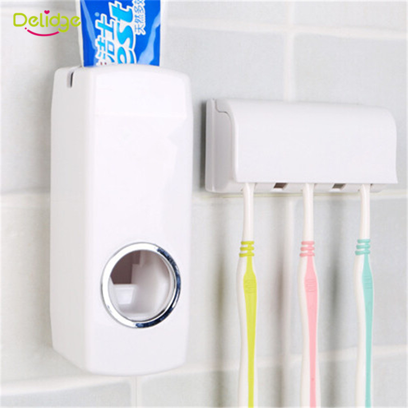 Bathroom toothbrush storage interdesign bathroom tray for Bathroom tray for toiletries