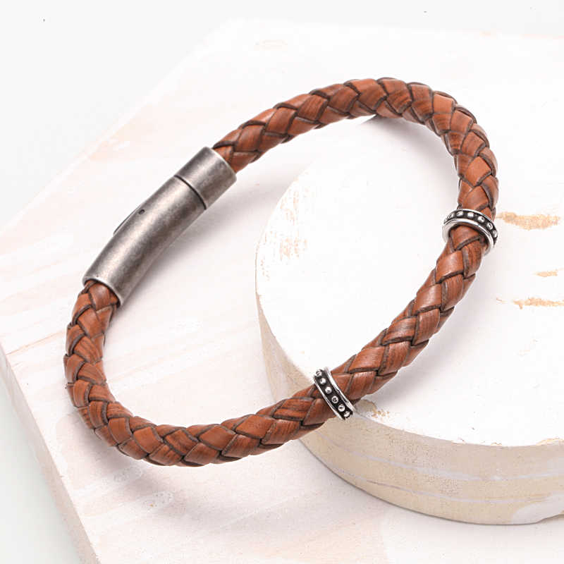 Mcllroy Retro Brown Black Braided Weaving Leather Bracelets Bangles For Men Male Stainless Steel Magnet Buckle Bracelet Homme