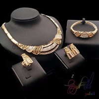 Artificial jewelry necklace set manufacturers on sale