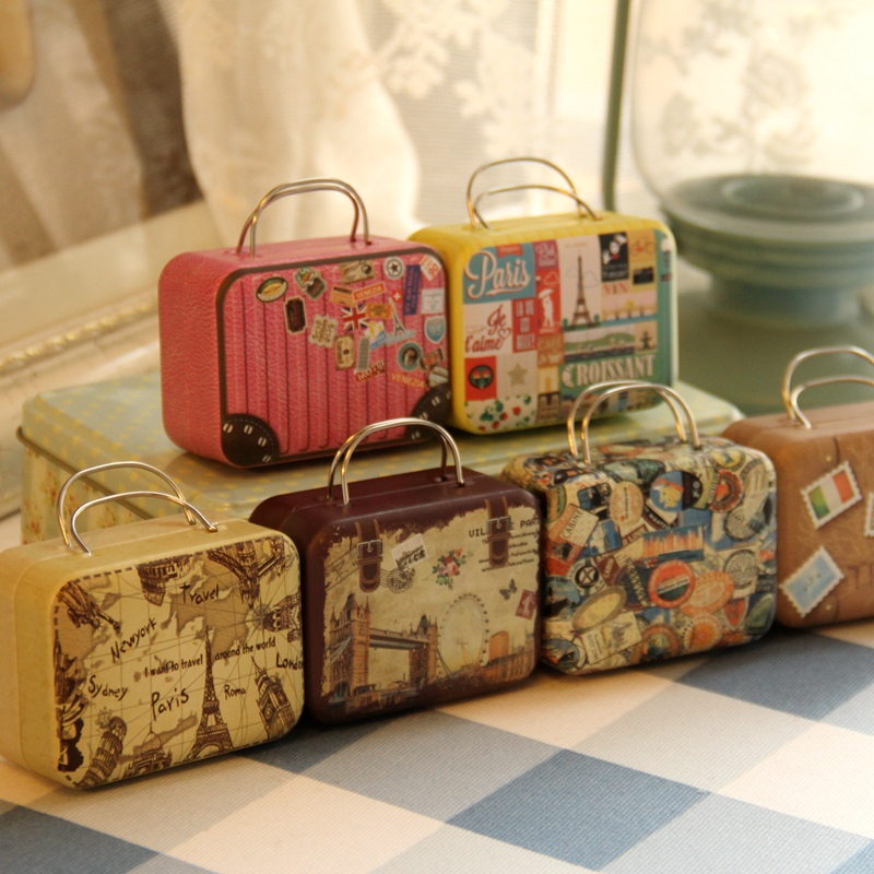 Continental Mini Storage Tin Box Retro Koffer Handtas Small Rechthoekige Candy Box Small Iron Container Bruiloft Gunst