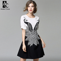 Spring Summer Runway Designer Womens Dress White Top Black Bottom Patchwork Peacock Embroidery High Quality Vintage