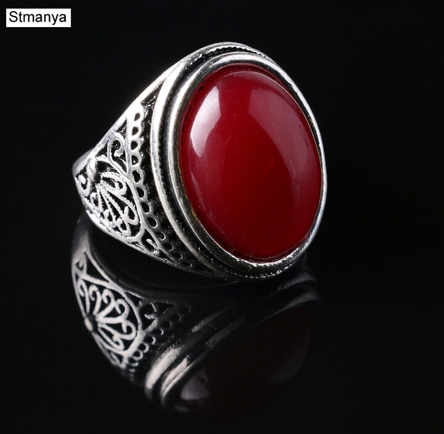 Vintage Ring - Punk Silver Plated Ring Vintage Jewelry Big Black Stone ring Red