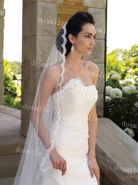 250 cm Charming One Layer Bridal Veils With Lace Eyelash Edge And Pearls Chapel Length Tulle Wedding Mantilla With Free Comb