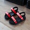 Sandálias meninas Crianças Sapatos 2017 Nova Carta de Verão Meninas Moda Princesa Sapatos Infantis Sandálias Criança Macio Sapatos Casuais Tamanho 26-30