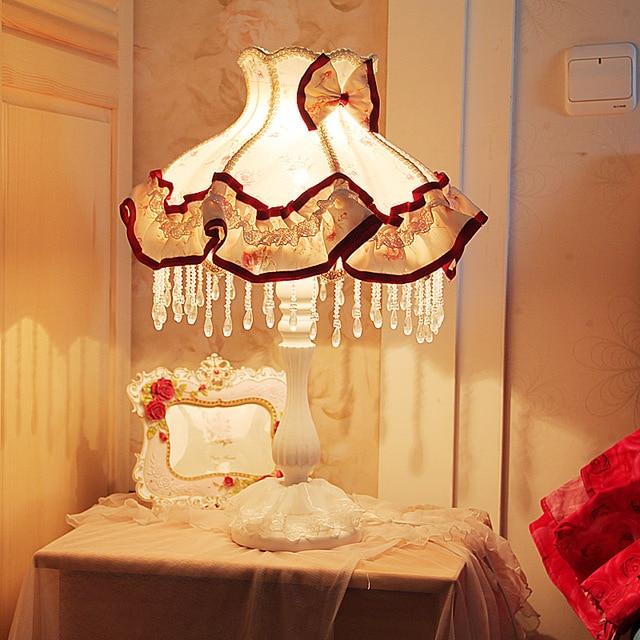 В Европейском стиле сад принцесса спальня ночники оттенок ткани цветочные кружева кристалл простой затемнения