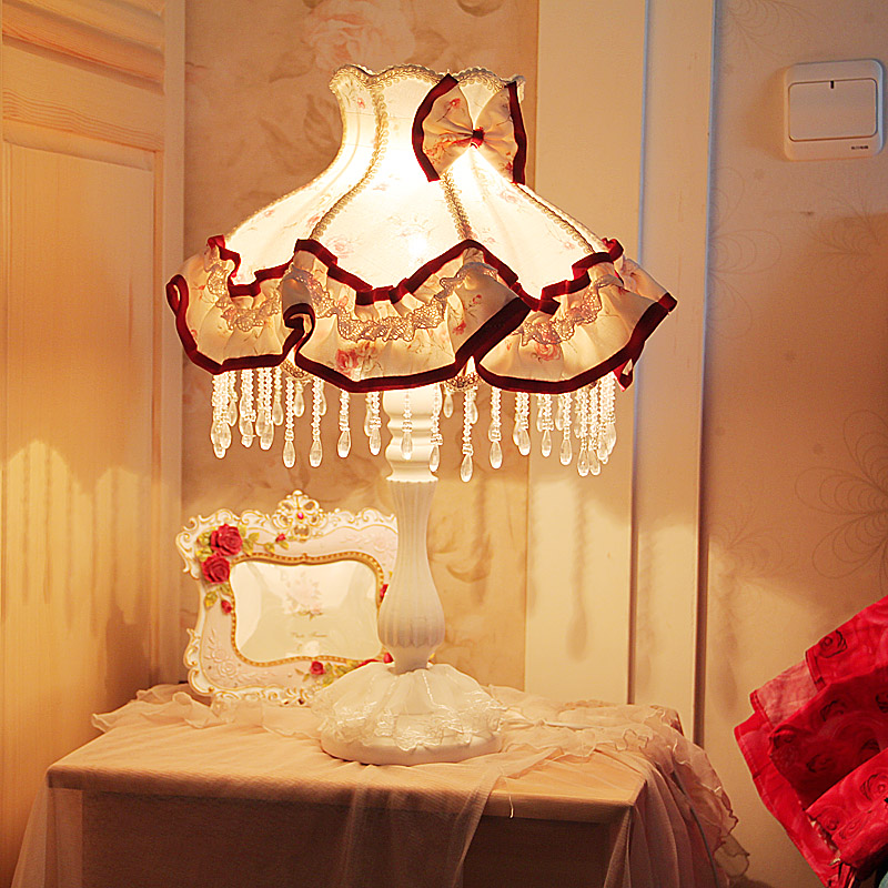 European-style garden princess bedroom bedside lamp shade cloth fabric floral lace crystal simple dimmable bedroom bedside lamp european style garden lace wedding celebration cloth decoration gift new red lamp