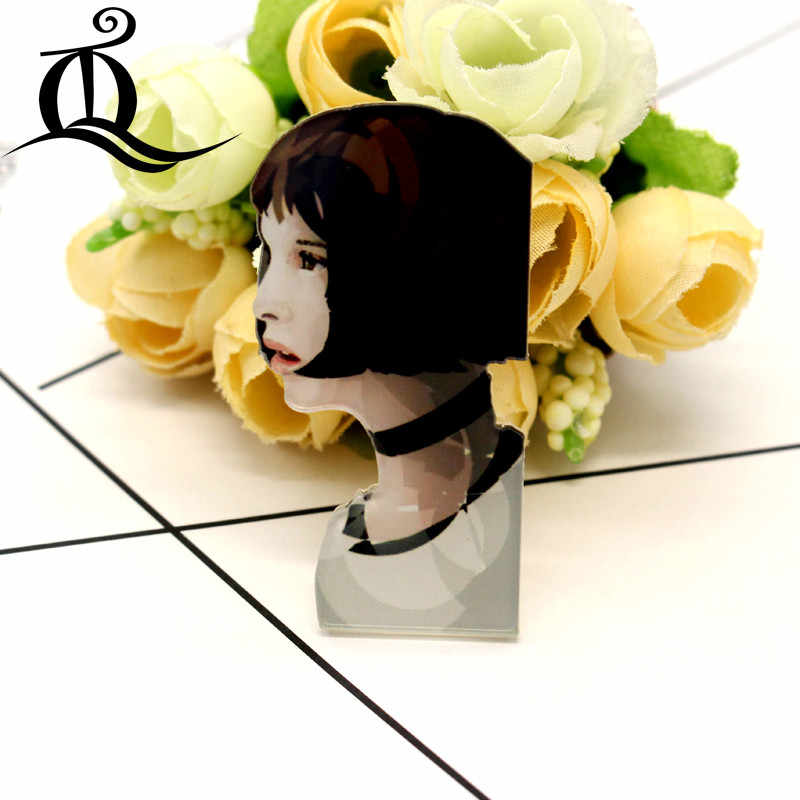 Gratis Pengiriman 1 Pcs Buruk Gadis Kartun Bros Ikon Di Ransel Akrilik Lencana Kartun Pin untuk Pakaian Dekorasi Lencana 35