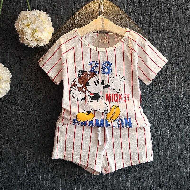 Yeni yaz 2016 kız pamuk çizgili takım elbise sevimli mickey T-shirt + şort