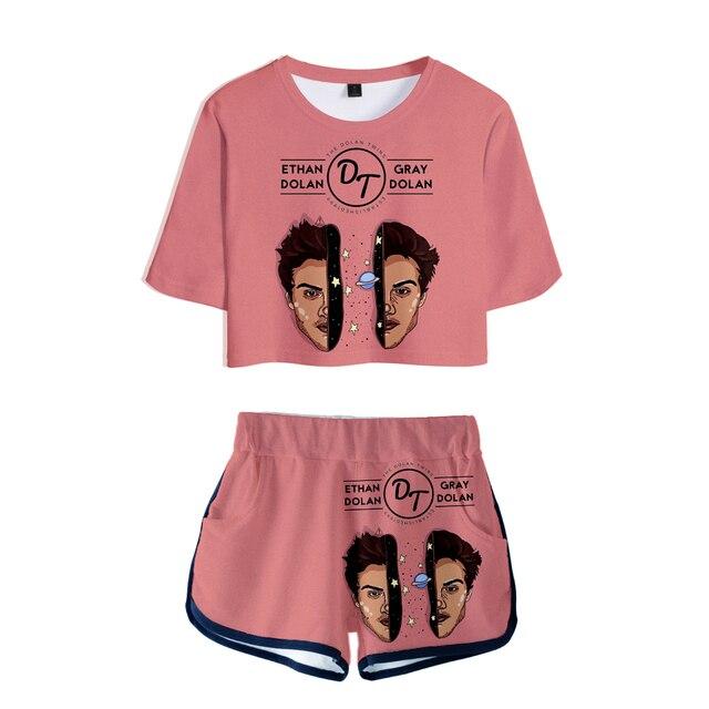 29ae4759b00c5 Yaz 2019 Eğilim Dolan Ikizler Kadın Seksi Iki Parça Setleri Spor Giyim 3D T  Shirt Moda Parçalı Set gece elbisesi