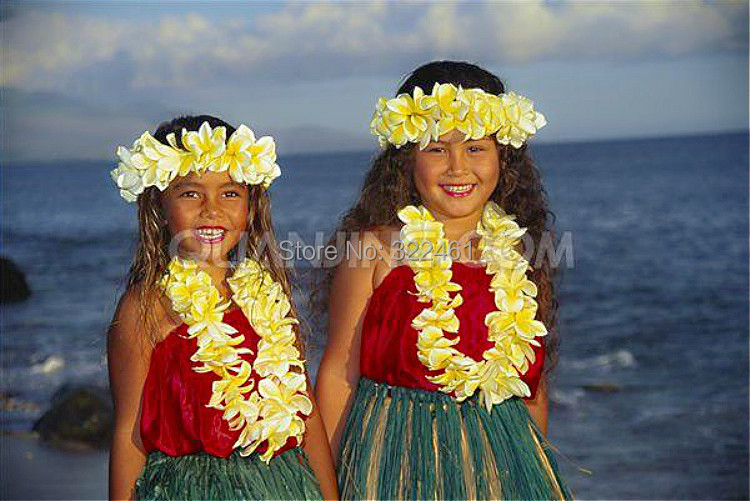 Hawaii traditional dress pictures