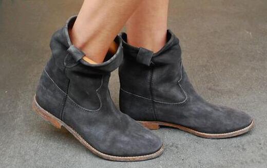 Sapatos de camurça de Couro Real Das Mulheres Botas de Inverno Bezerro Motocicleta Plana/Altura Crescente sapatos de Salto Retro Botas de Cowboy Tornozelo Plissado